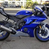 2020 Yamaha YZF-R6   on whatsapp+27722049252